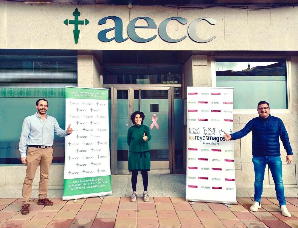 'Los Reyes Magos TV' regalan 1.000 euros a AECC Segovia